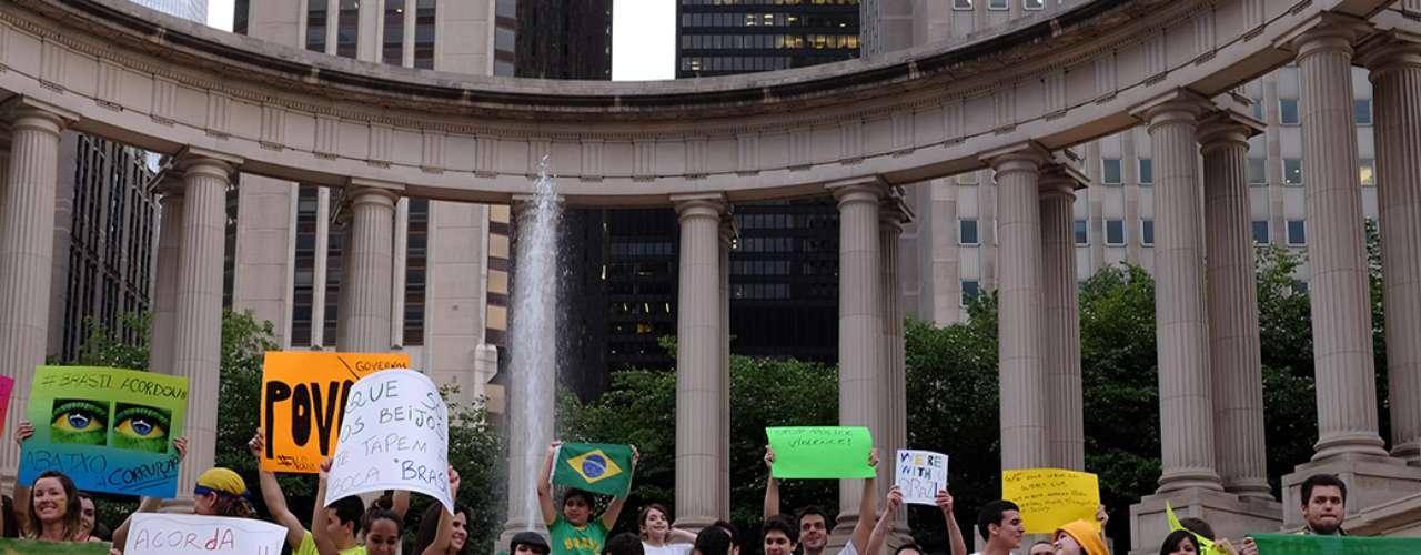 16 de junho -Na última segunda-feira, o dia também foi de apoio aos protestos por brasileiros que moram em Chicago, no Estados Unidos