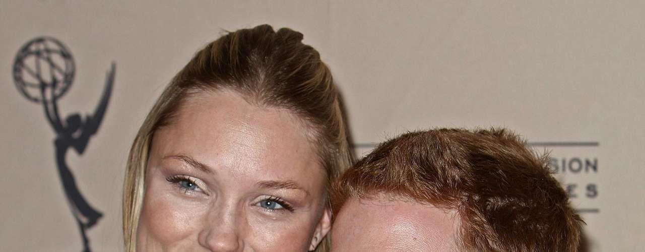 A atriz americana Clare Grant é mais alta que o seu namorado Seth Green