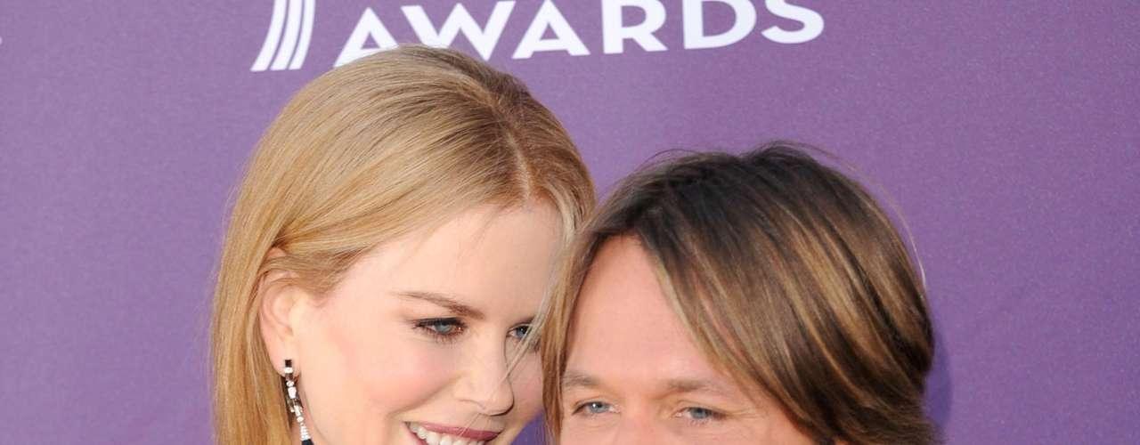 Depois de se separar de Tom Cruise, Nicole Kidman mostrou que gosta mesmo de homens baixos e se casou com Keith Urban