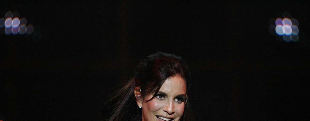 A cantora Ivete Sangalo entrou para o time das siliconadas em 2006, quando já tinha saído da Banda Eva. A diva da música brasileira já revelou em entrevistas que adorou o resultado da mudança