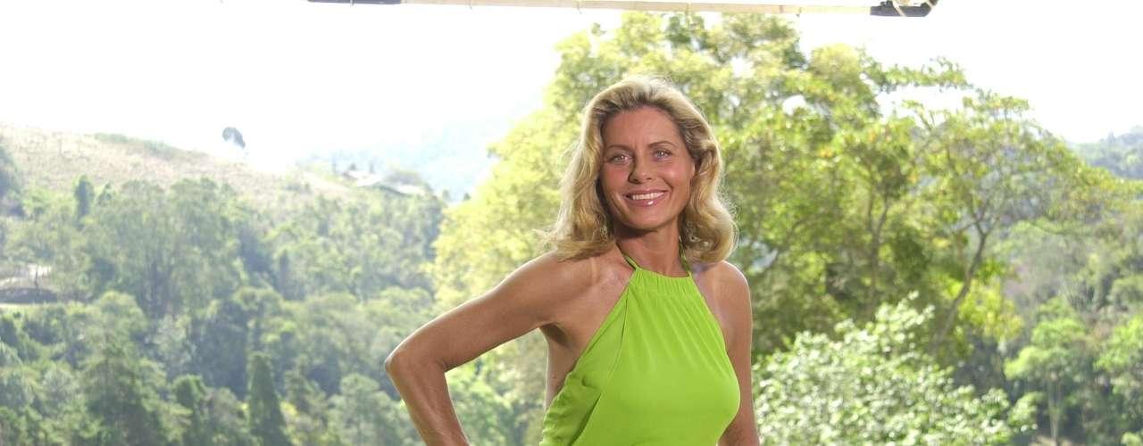 Vaidosa, a atriz Vera Fisher já se submeteu a vários procedimentos estéticos, inclusive o implante de silicone, nos anos 1990