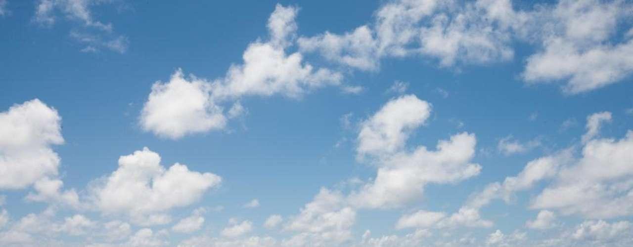 1. Atiu, Ilhas Cook - Situadas no meio do Pacífico, as Cook são quinze ilhas que se encontram entre as mais preservadas e virgens do planeta. Nenhum grande resort espera pelos visitantes neste paraíso, pois o espaço é dominado por eco-turistas. A ilha de Atiu é uma das mais bonitas do arquipélago, com areias brancas, cavernas e uma densa vegetação