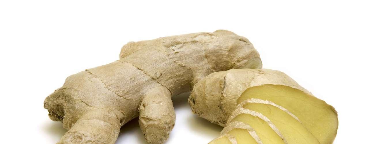Gengibre - Por centenas de anos muitas culturas usaram essa raiz pelo seu poder digestivo. No entanto, o gengibre também funciona como um estimulante que energiza o corpo e melhora a digestão, fazendo com que você sinta menos fome. Por isso, vale incluí-lo em sucos e pratos do seu dia a dia