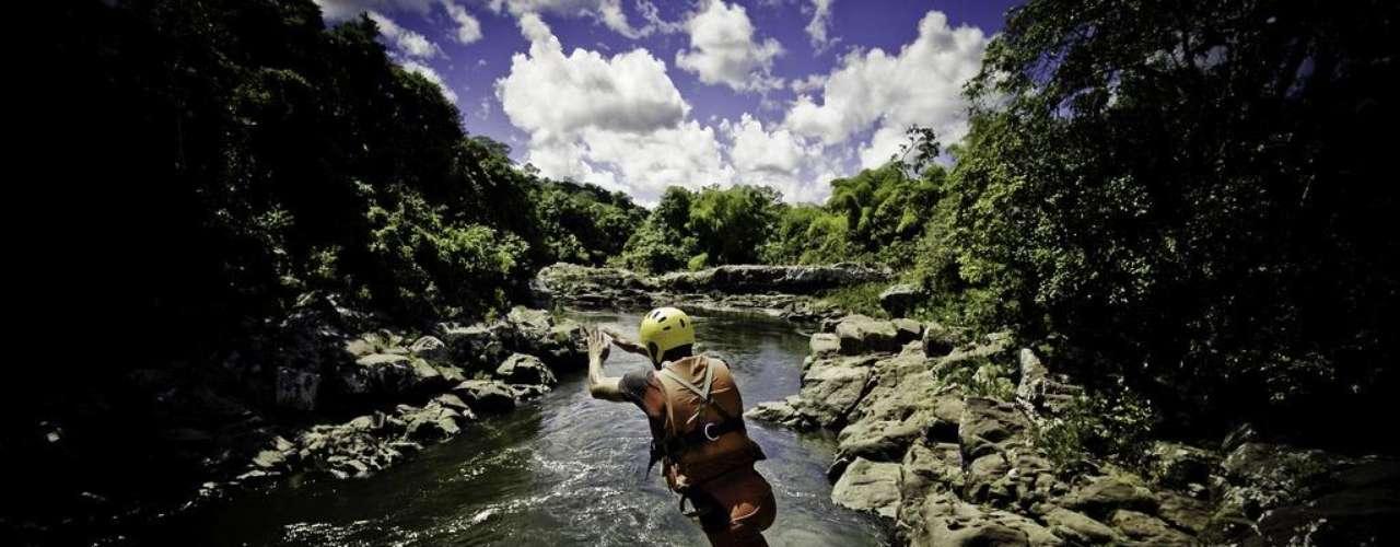 Itacaré, Bahia: nos últimos anos, Itacaré, no litoral baiano, se transformou num destino descolado e freqüentado por famosos nacionais e internacionais. E este destaque não nasceu por acaso: florestas, cachoeiras, trilhas, e praias fantásticas fazem parte do cardápio de Itacaré, com hotéis-boutique e resorts ecológicos como principais opções de hospedagem