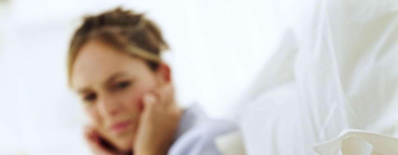 Ronco: o ronco pode atrapalhar a noite de quem tem o problema e também de quem dorme ao lado. O resultado é a privação crônica de sono, que afeta a vida sexual