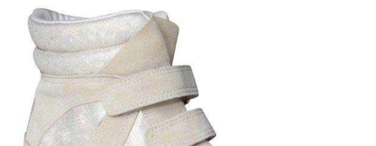 O modelo em camurça e linho, branco e creme, é da Hetane.  Preço sugerido: R$ 299. Informações: (51) 3549-9000