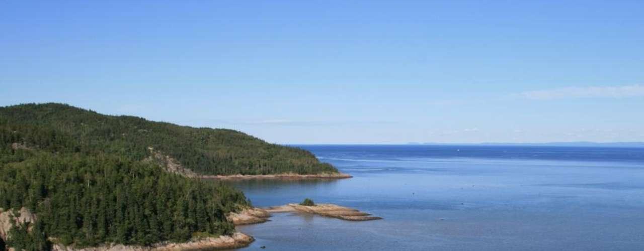 Represa de Manicouagan, Canadá: a Represa de Manicouagan é a quarta em superfície do planeta e a quinta em volume de água. Com um formato circular, o reservatório foi instalado na superfície de uma cratera formada pela queda de um meteoro há milhões de anos e produz energia para os agricultores locais