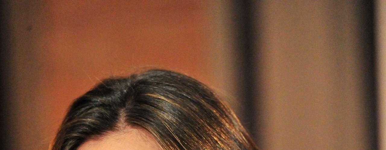 Rímel e lápis são indispensáveis no nécessaire da atriz Tânia Khalill, que ainda sempre tem corretivo à mão para iluminar as pálpebras