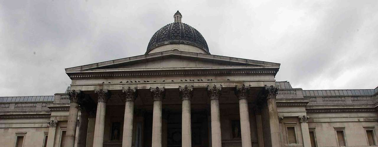 National Gallery, Londres, Inglaterra - A rica coleção de arte européia dos séculos XIII a XIX, o ingresso gratuito e a localização privilegiada, sobre Trafalgar Square, fazem da National Gallery  um dos museus mais visitados da capital inglesa. Obras de artistas como Van Gogh, Boticelli e Gauguin são algumas das que podem ser apreciadas pelos visitantes