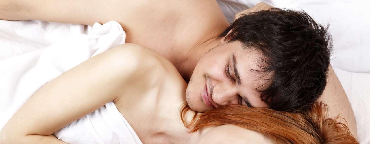 8. Sexo casual ajuda você a se vingar: se você foi traída de alguma forma, o sexo casual pode ser sua vingança perfeita. Em situações como essa, é normal você se sentir mal e se perguntar onde foi que errou. No entanto, em vez disso, que tal descontar sua raiva no sexo? Além de ser uma forma saudável de aliviar a tensão, a endorfina liberada durante o ato ajuda a melhorar o seu humor - isso sem contar os momentos de prazer