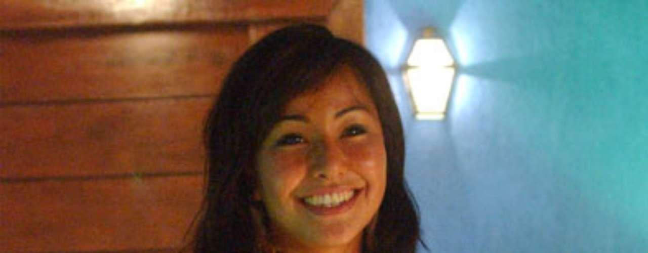 Quando fez suas primeiras aparições na TV, na terceira edição do Big Brother Brasil, Sabrina Sato sustentava um visual mais menina. \