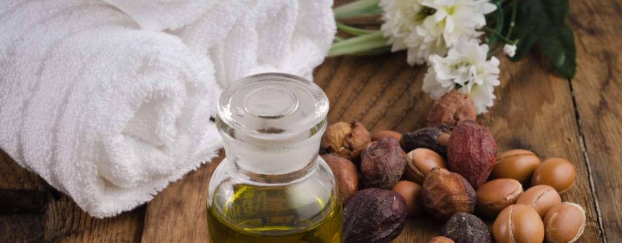 Óleo de Argan concentra ácido graxo, ômega dos tipos 3, 6 e 9 e antioxidantes biológicos
