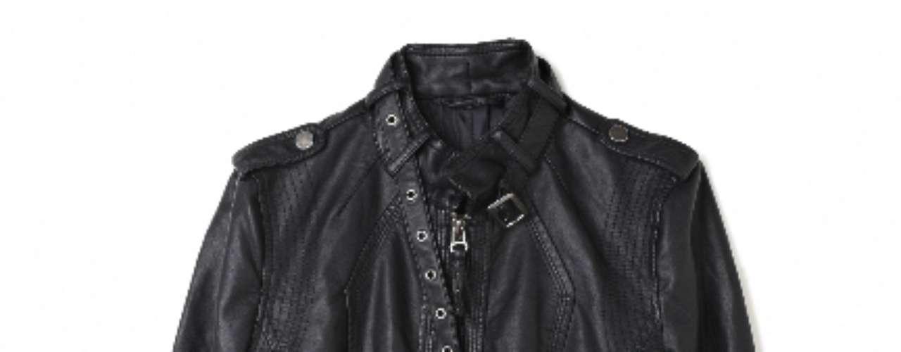 Jaqueta de couro preta Marisa, R$149,99. Serviço: Capitais - 40042211, demais localidades - 08007281122
