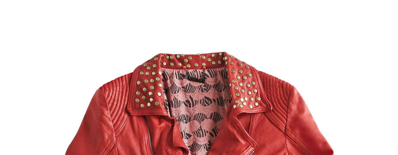 Jaqueta de couro vermelha Doma para Shoulder, R$1690,00. Serviço: www.shoulder.com.br. 11 33660010