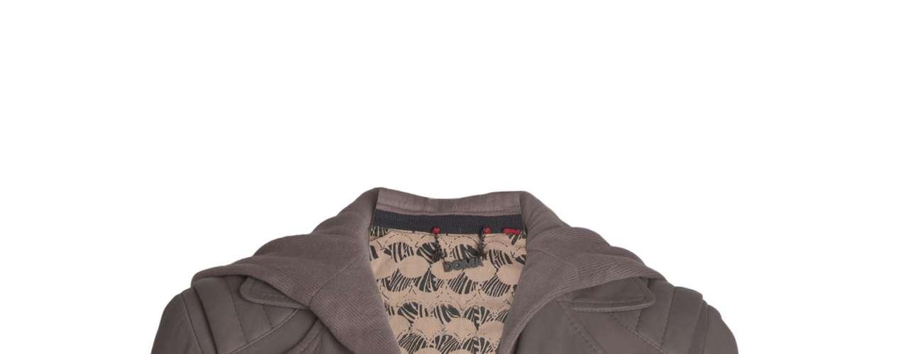 Jaqueta de couro cinza Doma para Shoulder, R$2190,00. Serviço: www.shoulder.com.br. 11 33660010