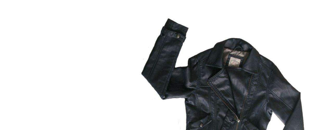 Jaqueta de couro preta TNG, R$399,00. Serviço: 11 46899313