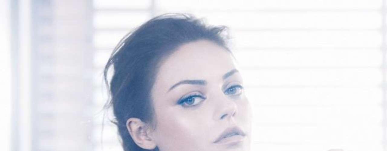 Na primeira campanha, da temporada verão 2012, Mila foi fotografada por Mikael Jansson