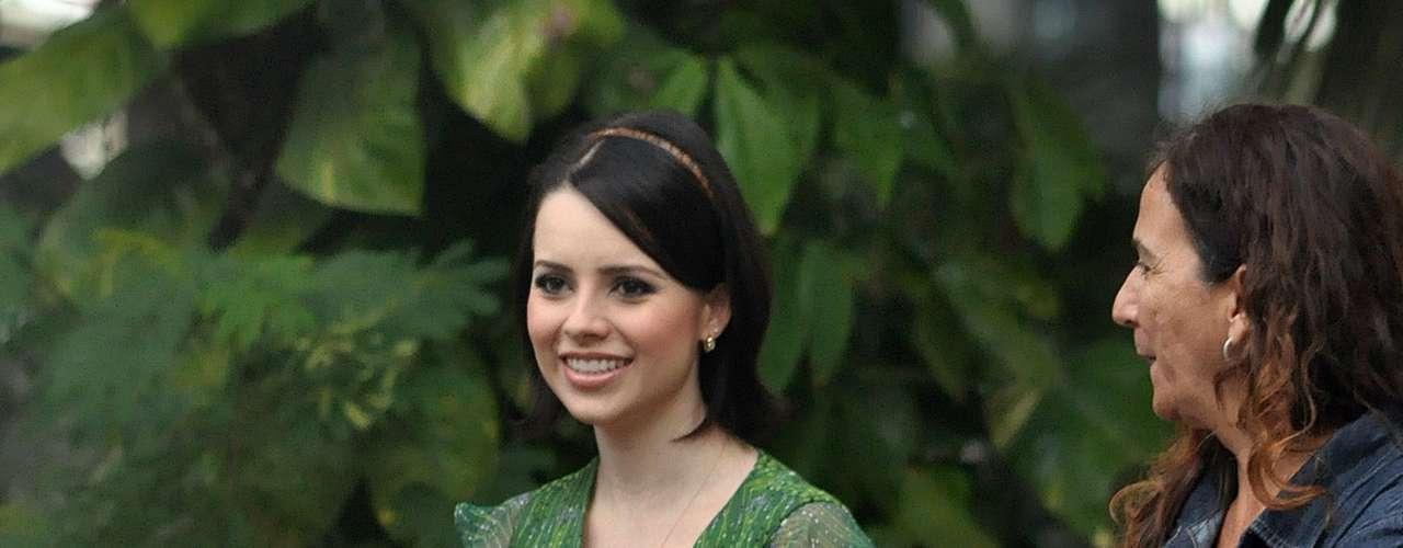 Apesar de Renata acha o estilo bonequinha de luxo perfeito para a cantora, acredita que esse look não funcionou muito bem. \