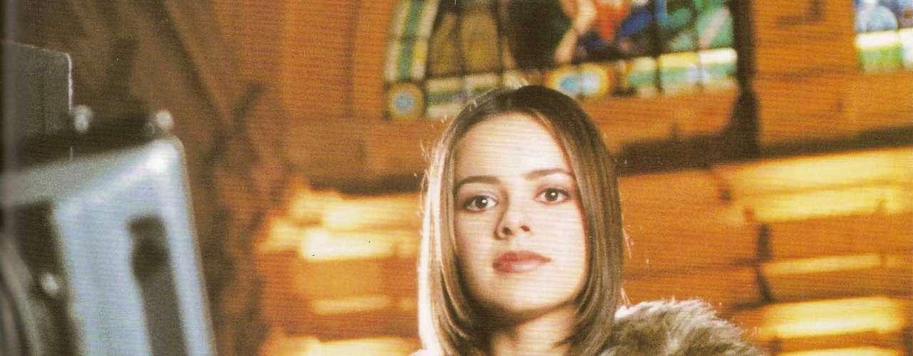 Já em 1999, época do CD Imortal, a cantora adotou um estilo diferente. Para Renata, a intenção aqui era mostrar uma cara mais adulta, mas o look acabou fugindo muito do estilo dela, o que criou um visual confuso. As peças sérias não combinam com o rosto e cabelo infantis ainda