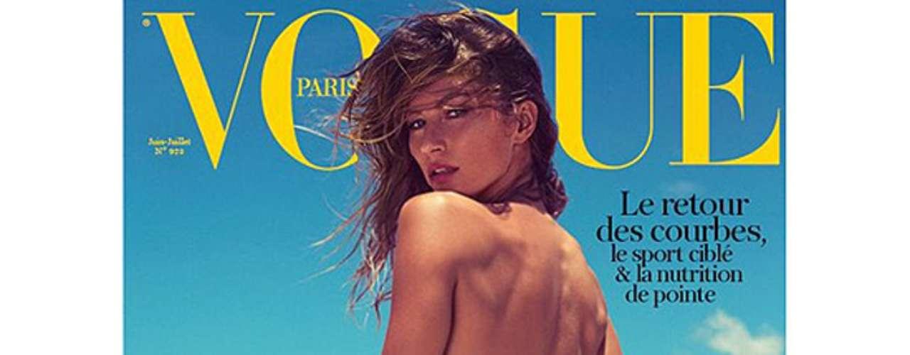 Em maio, Gisele Bündchen foi uma das mais comentadas no Twitter ao aparecer na capa da Vogue francesa usando biquíni e com o bumbum cheio de areia