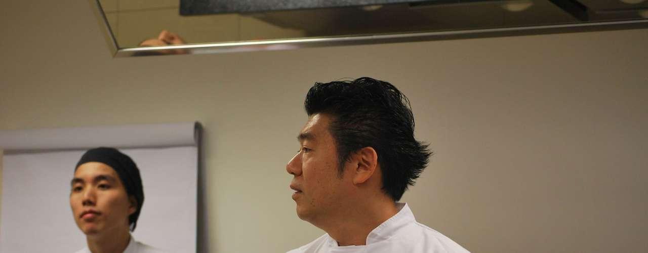 Ele foi o chef convidado para ministrar um workshop no Hotel Campos do Jordão  Hotel-escola Senac