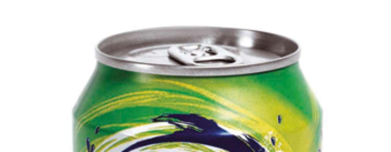 Fanta Verdia: entre todos os sabores exóticos comercializados pela marca, a Fanta também traz a opção que combina refrigerante com maçã verde