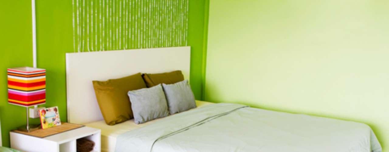 Os tons esverdeados confortam as emoções e transmitem equilíbrio e esperança, avalia a designer de cores da Suvinil Ana Kreutzer. Por isso mesmo, a cor funciona também em quartos