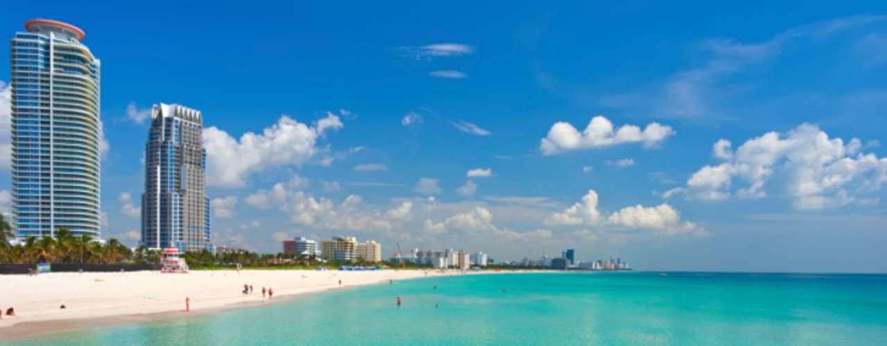 7. South Beach, Flórida: as areias são cheias de mulheres desinibidas e vida noturna agitada