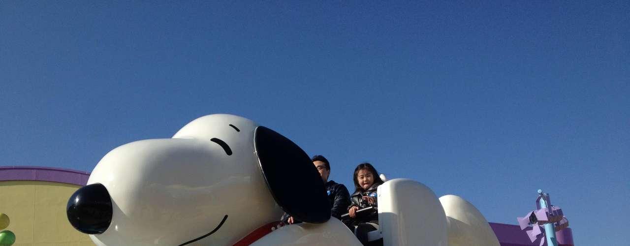 9. Universal Studios Japan, Japão: aberto em 2001, numa réplica quase perfeita do parque original de Orlando, mas com um toque japonês, o parque temático Universal Studios virou rapidamente uma das atrações mais visitadas da Terra do sol nascente. Com jogos como uma montanha russa do filme Jurassic Park, o Universal Studios Japão encontra-se na cidade de Osaka, no sul do país, e viu passar mais de 8 milhões de pessoas em 2011
