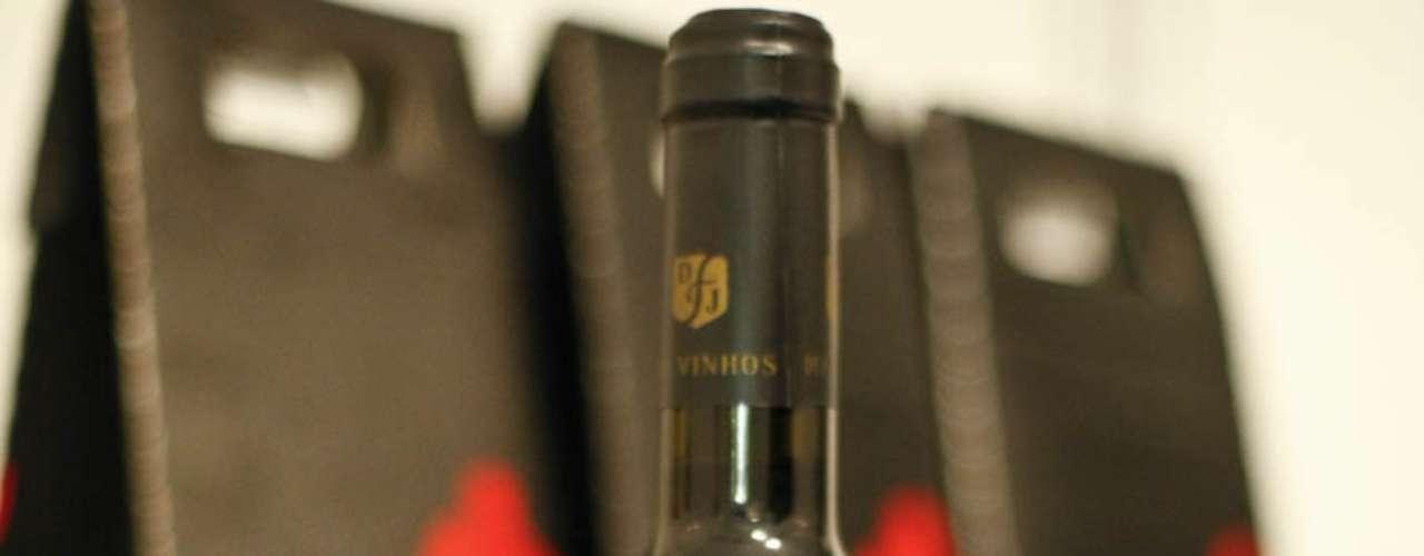 O vinho português Paxis 2006 custa a partir de R$ 19,30