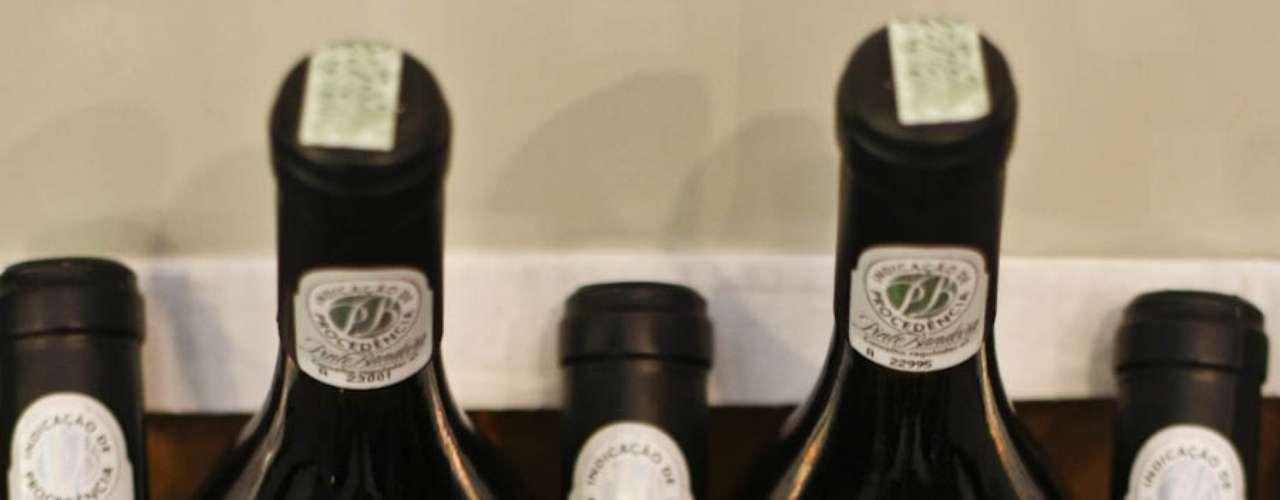 O vinho Aurora Pinto Bandeira Chardonnay custa R$ 25