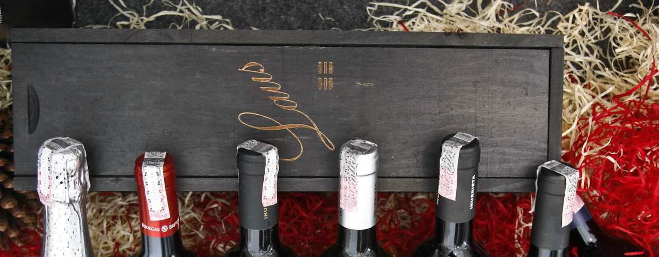 Vinhos e espumantes espanhóis também estão presentes na feira. Rótulos premiados como o Innurrieta Norte, medalha de prata em Bruxelas, e o Inurrieta Orchidea, eleito o melhor vinho branco de Navarro, saem pelo preço especial de R$ 44