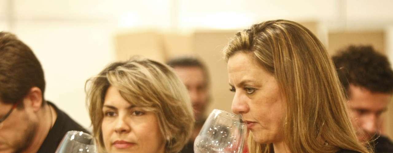 A Wine Weekend também deve trazer um concurso do melhor rótulo da edição através do júri popular. A atração será no sábado, quando 100 avaliadores irão provar 15 rótulos pré-selecionados por um grupo de 20 especialistas para eleger o vencedor. Para participar é preciso se inscrever e pagar um adicional de R$ 80