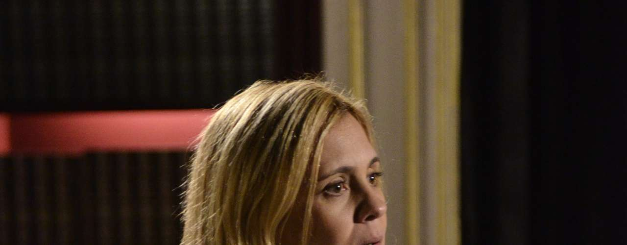 O colar com imagem de Nossa Senhora faz sucesso entre as espectadoras e é da designer de joias Luciane Barboza