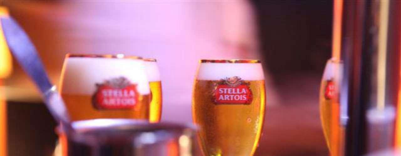 Louie, Louie Bar - Carta: Cerca de 10 rótulos de cervejas nacionais e internacionais. Endereço: R. Oscar Gomes Cardim, 36  Itaim Bibi. Telefone: (11) 2594-2706. Horário de funcionamento: de terça a sábado, a partir das 18h