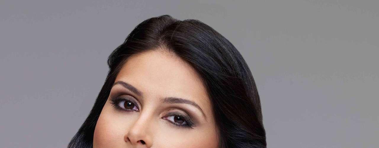 Natália, que impressionou o mundo com sua beleza natural ao conquistar o segundo lugar no Miss Universo 2007, também não sai de casa sem proteção solar reforçada