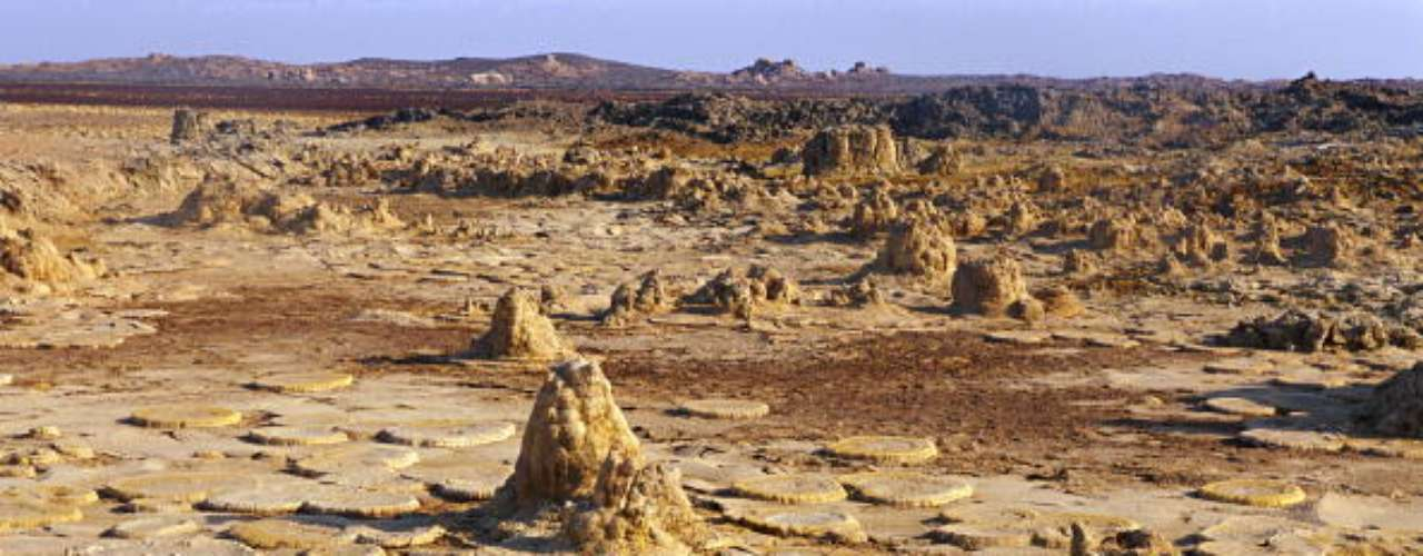 Dallol, Etiópia: Dallol é considerado o local inabitado mais quente do mundo e registra médias de temperaturas máximas acima de 41°C
