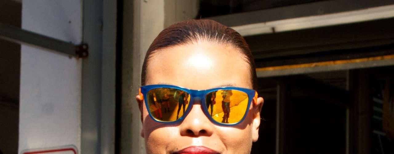 As lentes espelhadas aparecem em diversos tons