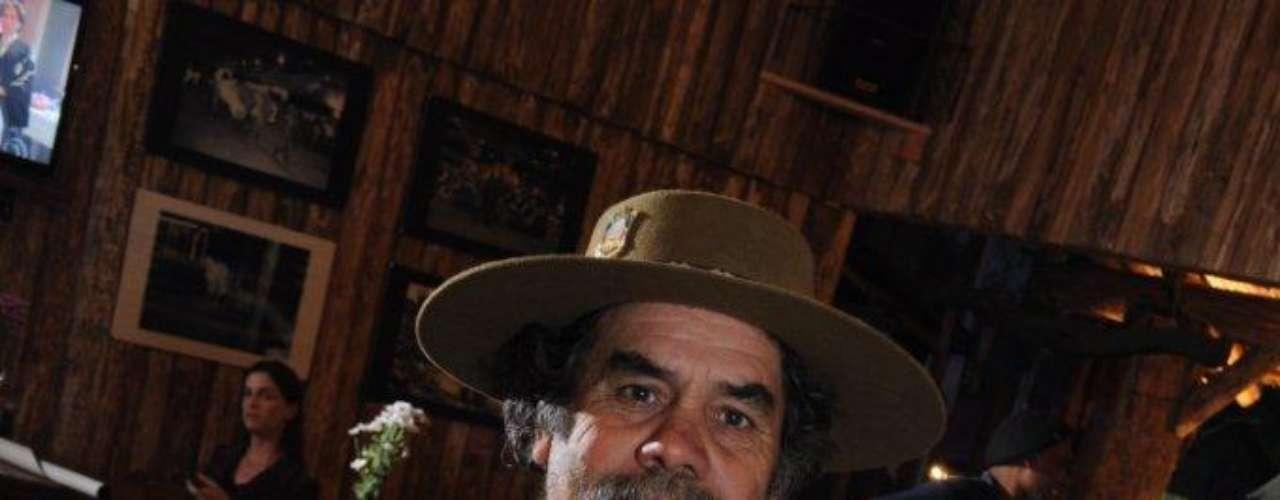 Forti diz que sua proposta é brincar com elementos tão fortes da cultura gaúcha. Além do chimarrão, ele também elaborou um molho para acompanhar a costela, que no Rio Grande do Sul, é o ápice do churrasco. \