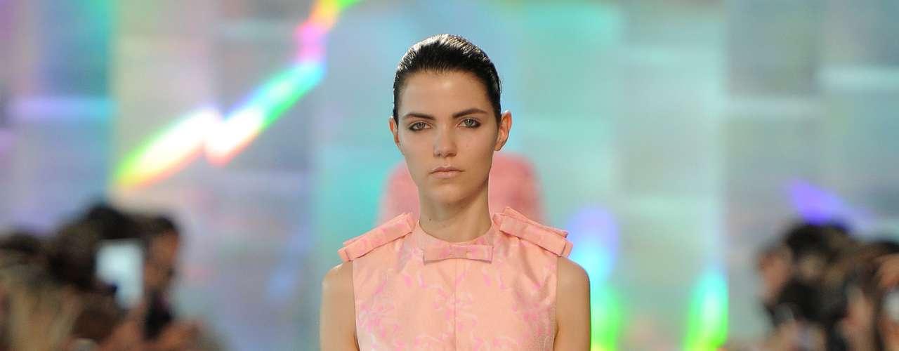 O rosinha também marcou presença no desfile do estilista inglês Christopher Kane