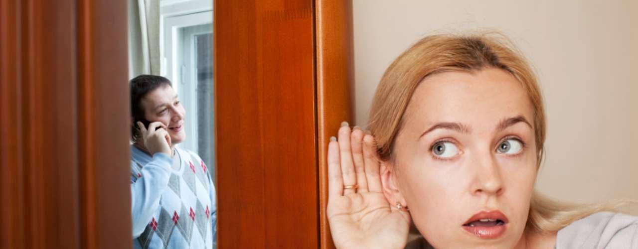Ciúmes de alguém: alguns dizem que é um sinal de um relacionamento saudável, outros dizem que significa que você tem problemas de confiança. Mas sentir ciúme de um paquera sempre dá um frio na barriga