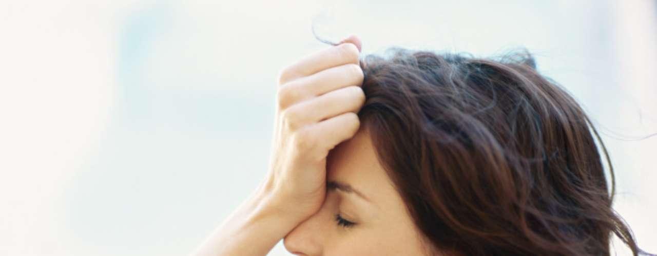 Os dias ruins: quando você namora, tem que compartilhar sua TPM com ele. Quando não, pode se mergulhar em um pote de doce e assistir a uma comédia romântica