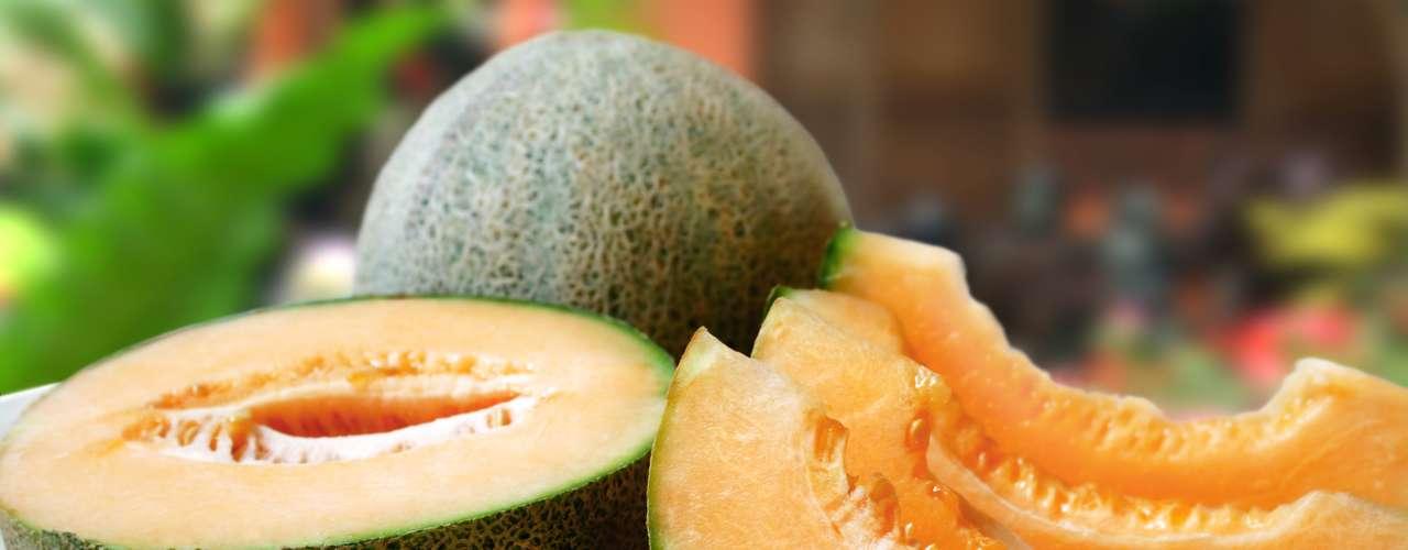 Melão cantaloupe: uma porção de 134 gramas deste tipo de melão tem 358 miligramas de potássio