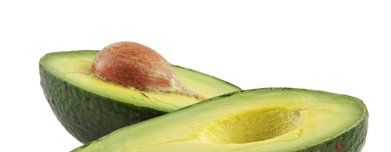 4. Abacate: a fruta contém bem mais do que o dobro de potássio do que uma banana: 975 miligramas. Mesmo que não comer um abacate inteiro de uma vez, colocar pedaços em uma salada ou sanduíche também traz bons resultados