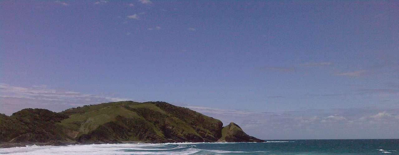 Second Beach, África do Sul: situada no encontro do rio Umzivubu com o Oceano Atlântico, a cidade Second Beach tem um lindo visual de muita natureza em suas praias e arredores. Mas a área é famosa por ser uma das mais perigosas da África do Sul quanto a ataques de tubarões. A praia de Second Beach tem as piores estatísticas, com diversos ataques mortais, o mais recente deles no começo de 2012