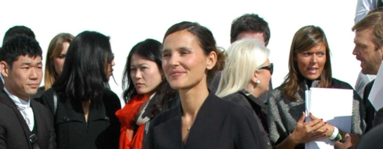 Virginie Ledoyen foi uma das várias atrizes francesas presentes no desfile
