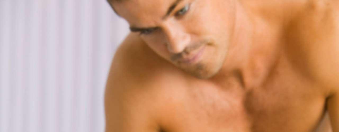 10. O da pele. Tocar a pele da mulher durante uma massagem pode fazê-la ter um orgasmo. Isso acontece mesmo quando a área acariciada não é necessariamente uma região do corpo ligada ao sexo