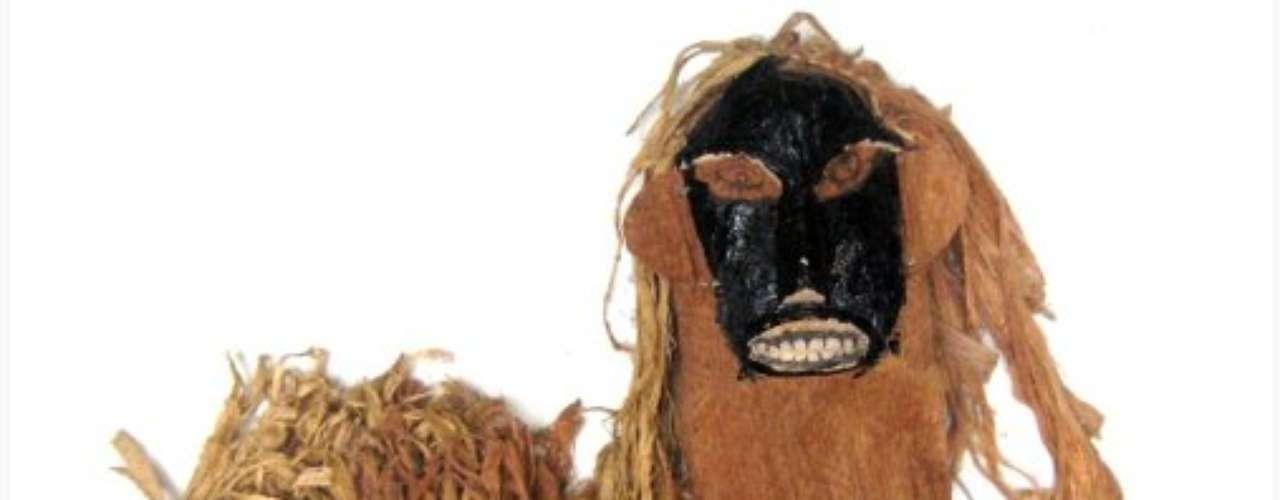 Esta máscara é utilizada na festa da menina-moça da tribo Tikuna, no Amazonas. O evento inclui um ritual de iniciação quando as meninas da tribo ficam menstruadas
