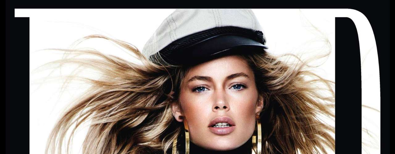 A Angel Doutzen Kroes apareceu com os seios cobertos e foi mais uma das modelos a posar de chapéu