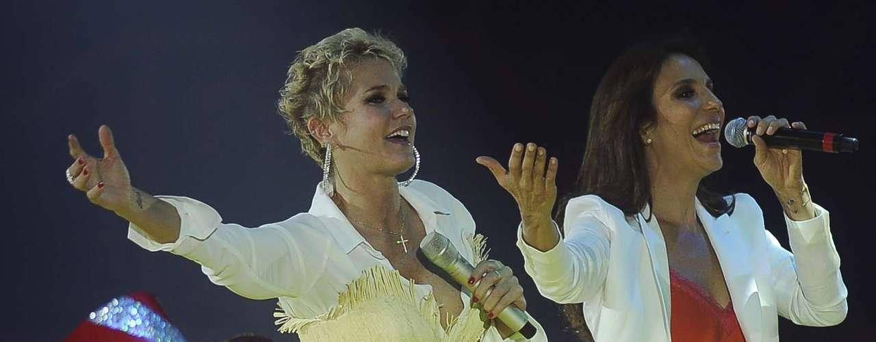 Ivete Sangalo foi a primeira convidada a subir ao palco do show